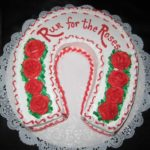 Horseshoe Cake - Roses