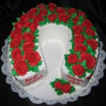 Horseshoe Cake - covered in roses
